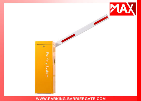 China 1.8 Sec  Vehicle Access Control Barriers With Fence Boom , Electronic Boom Barrier factory
